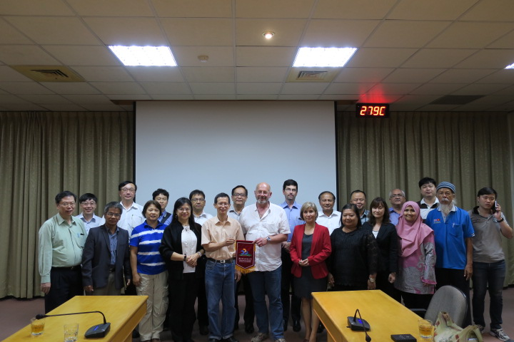 Experts of the Conference on Climate Change Adaption of Animal Genetic Resources visited our College of Agriculture. 農業委員會畜產試驗所